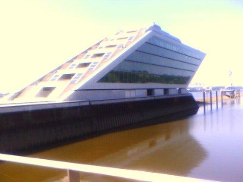 Ship/Temple building